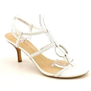 Marc Fisher Jericho White Pump 9.5M